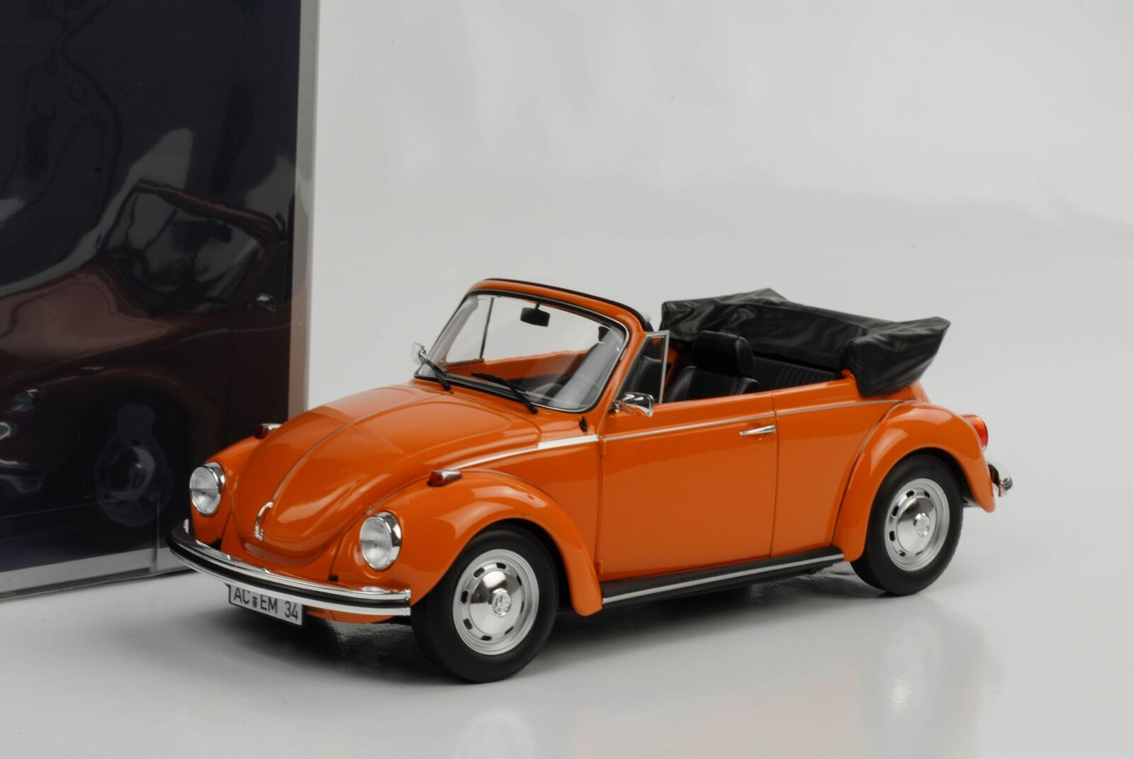 VW Käfer Beetle 1303 Volkswagen Cabriolet Cabrio orange 1 18 Norev Neu 188521