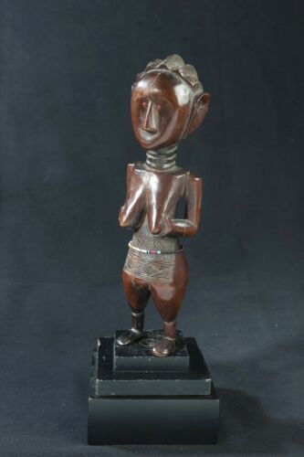 Kumu Female Figure, D.R. Congo, Central African Tribal Arts.