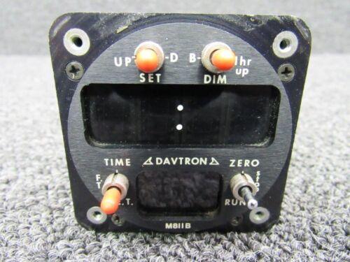811B Piper PA31T Davtron Digital LED Clock