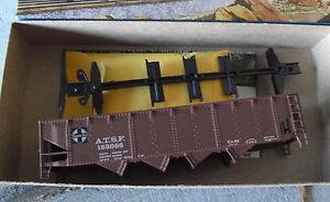 Vintage-HO-Scale-Athearn-Santa-fe-ATSF-183086-Hopper-Car-Kit-in-Box-1758