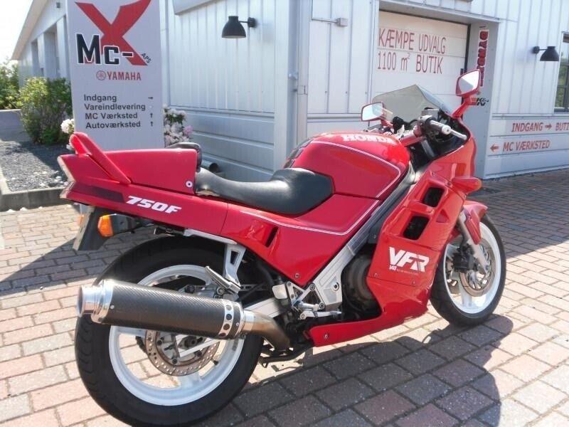 Honda, VFR 750 F, ccm 742