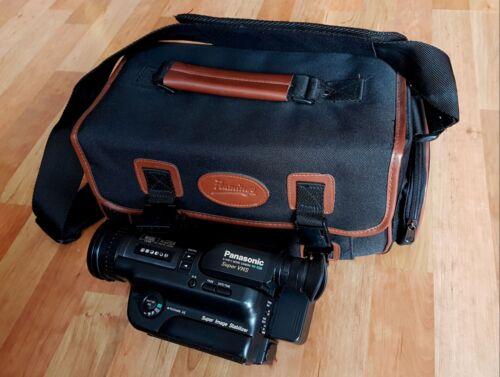 Panasonic NV-S88  VHS Camcorder ( ...mit  Profi-Gig-Bag-Tasche )...defekt