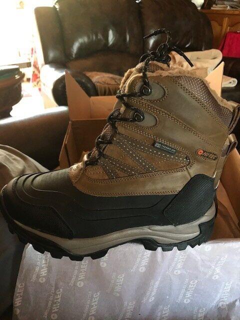 Hi-Tec Peak 200 WP Aislado botas de nieve para hombre Bronceado Negro