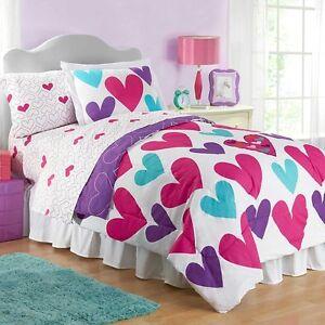 Hearts Full Size Reversible Comforter and Sham Set