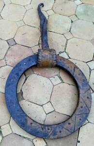 Heurtoir de porte en fer forgé très ancien 16ème siècle