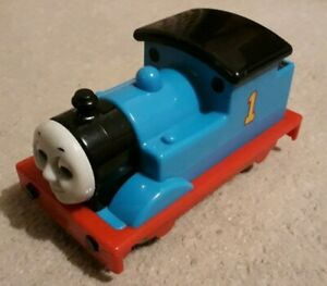 Toy-train-Thomas-engine-from-Thomas-trains-Golden-Bear-range-VGC