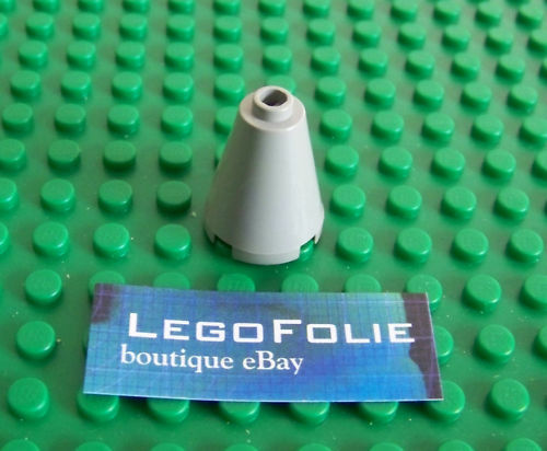 1 x  Lego  3942 Cone 2 x 2 x 2 Light Gray