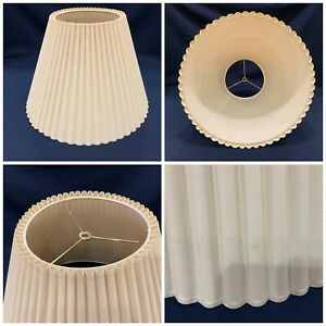 """18"""" dm x 12"""" high vintage Ivory Beige Fabric Lamp Shade round scallop pleated L"""