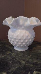 Vintage-White-Milk-Glass-Hobnail-Pattern-Dish-Bowl-Vase-Ruffled-Edge-Stamped