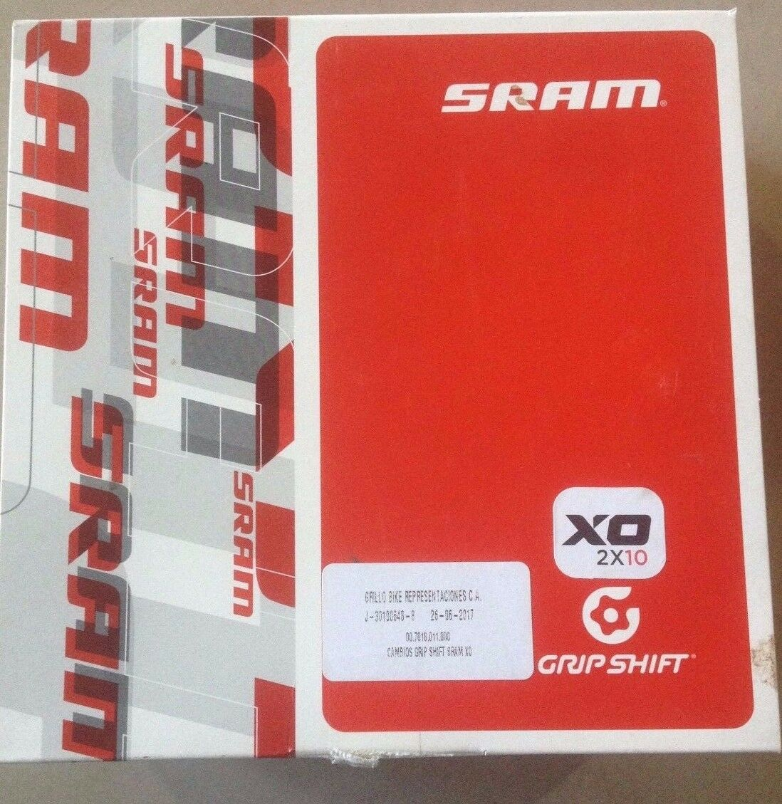New 2x10 X0 Grip Shift Set rot with Locking Grips. New in Box