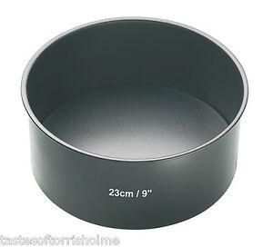 Master Class Professional 23cm / 9 Inch Deep Round Non Stick Cake Tin