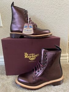 Dettagli su Dr. Martens Women`s 1460 Red Silver LIMITED EDITION MIE ALL SIZES Retail $450!