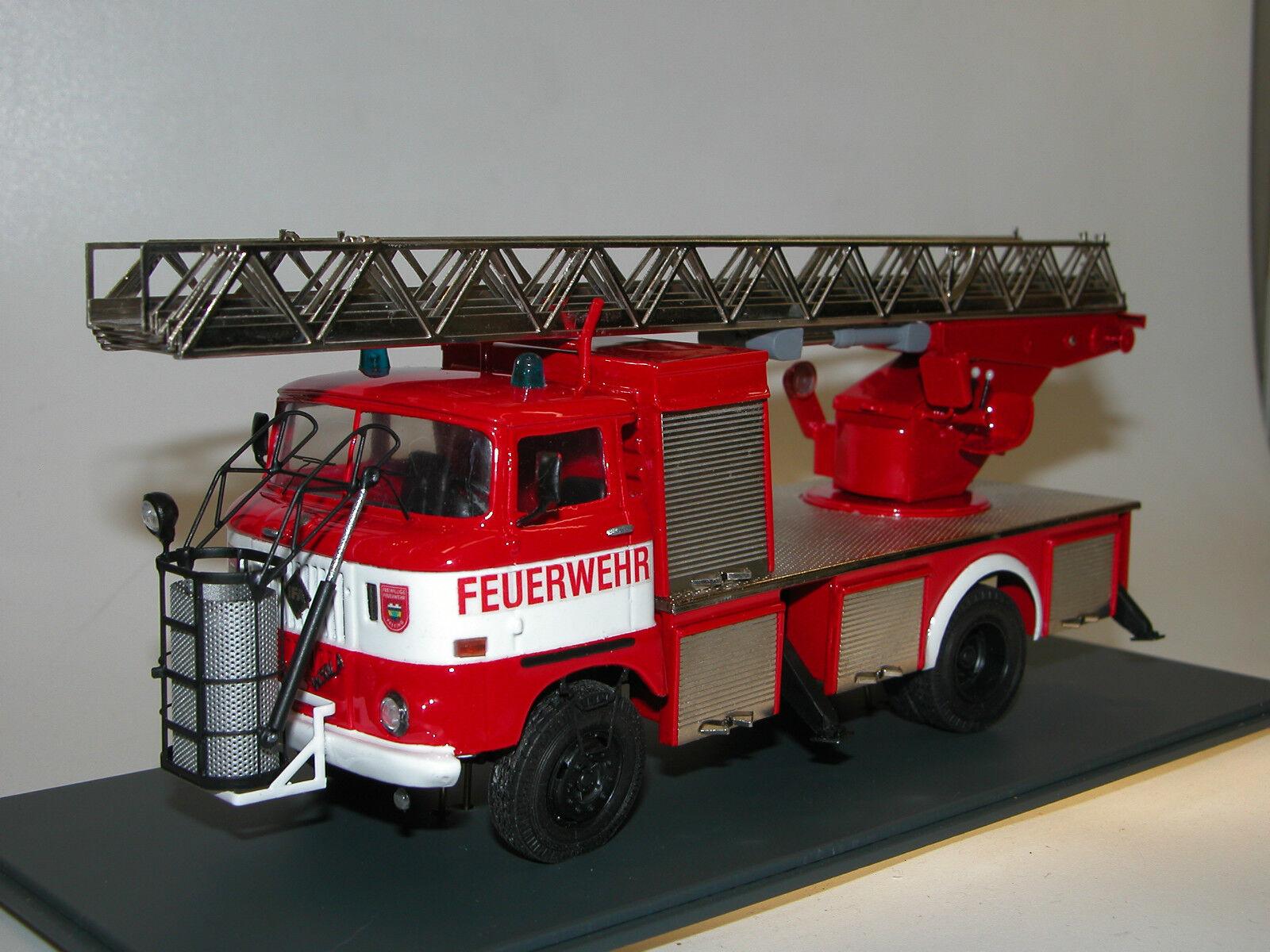 Kimmeria IFA W50 DLK 30 Drehleiter mit Rettungskorb Feuerwehr DDR 1  43 Metall
