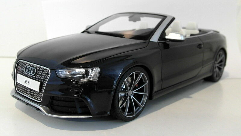 GT Spirit 1/18 Scale Resin - GT093 Audi RS5 Cabriolet metallic Negro