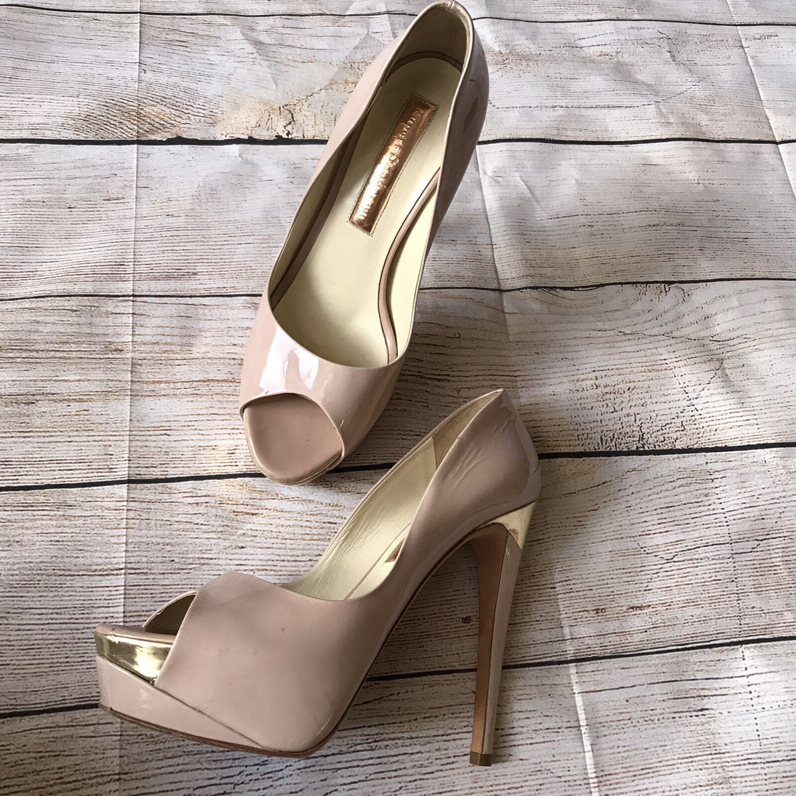 negozio all'ingrosso Rupert Sanderson Sanderson Sanderson donna Platform Heels Dimensione 37 rosa Patent Leather oro Accent  miglior prezzo