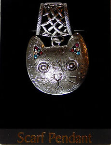 NWT-SILVER-NETTED-MAGNETIC-CLOSURE-SCARF-RING-W-CAT-PENDANT-WITH-COLORED-STONES