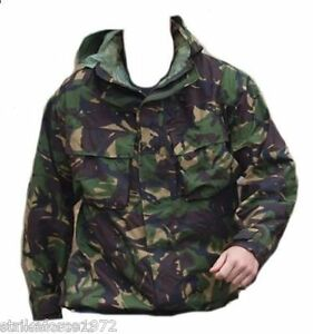 NEW-British-Army-2005-Issue-Camo-Goretex-Waterproof-Jacket-Size-160-104