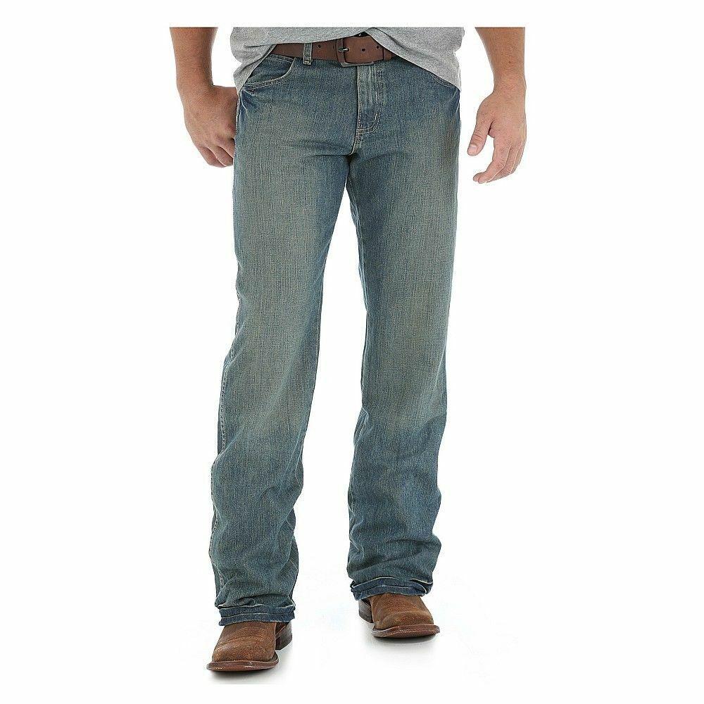 Wrangler Men's Retro Relaxed Boot Cut  Jeans,WRT20TW , Size 31X34