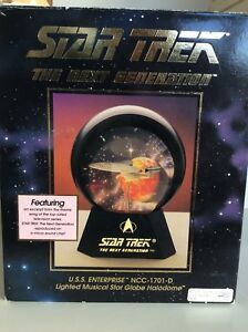 Star-Trek-48051-U-S-S-Enterprise-NCC-1701D-Lighted-Music-Star-Globe-Halodome