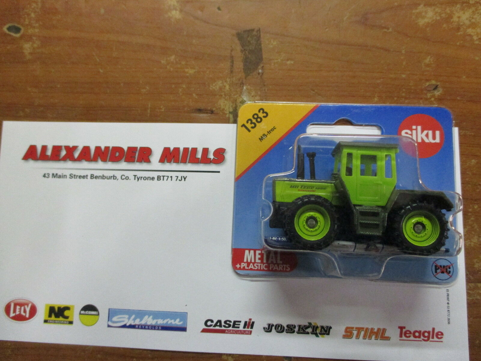 Siku 1383 Model Toy MB Tractor Replica Toy Diecast Model Model Model Agri Farm Toy 248035