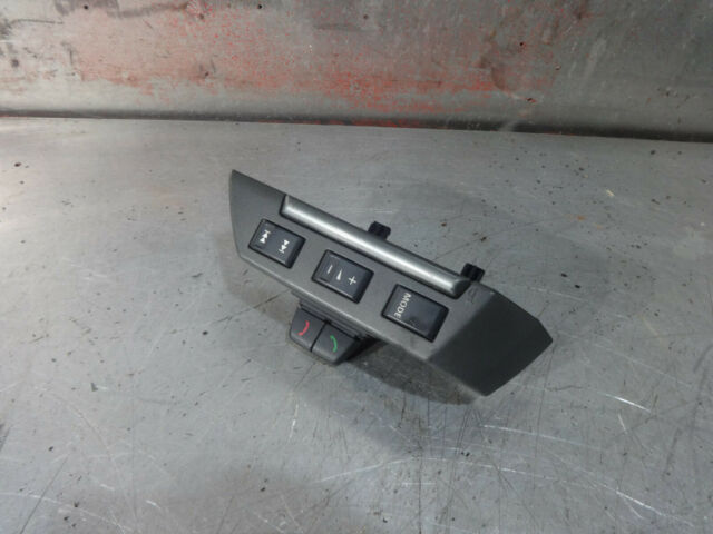 Land Rover discovery 3 2.7 TDV6 2004-2009 4 Wheel stereo switch XPD500510WVH  7