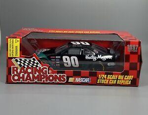 World-Tour-2000-Darrell-Waltrip-66-Racing-Champions-1-24-Diecast-NASCAR-Replica