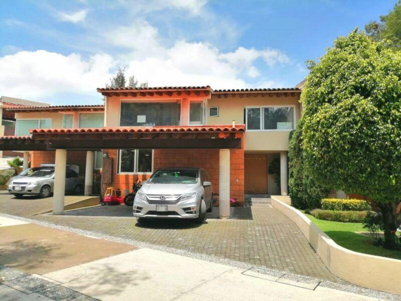 Casa en Venta, San José de los Cedros, 3 Recamaras