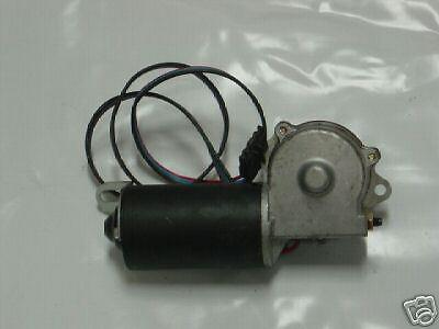 New Wiper Motor For Jeep CJ5 CJ7 CJ8 1983 1984 1985 1986 AMC Willys 4 Wire Plug