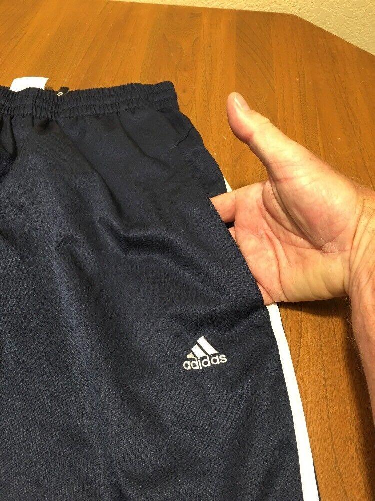 e9a71956b3 Adidas Férfi S nadrág S nadrágja Szilárd Adidas fehér csíkos futballpálya  148 hálós kék poliészter