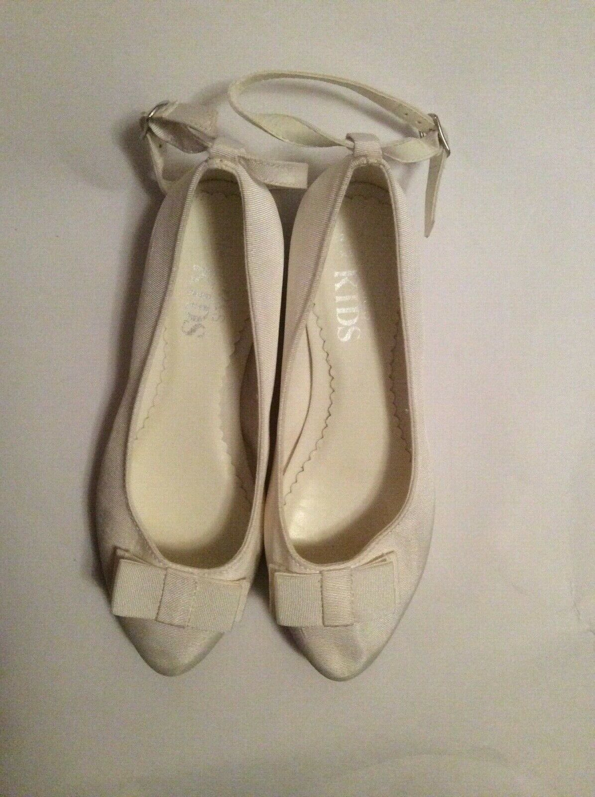 Brand new M&S kids ivory occasion shoes size 4