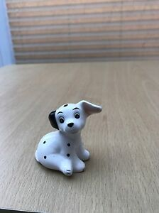 Disney-101-Dalmatian-Puppy-Figurine