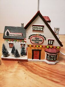 "1998 LEMAX Village Collection ""THE CRANBERRY BOG"" Porcelain Lighted House"