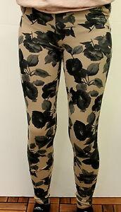 Leggings-lungo-da-donna-beige-fantasia-a-fiori-Deha-cotone-casual-moda