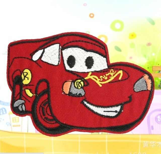 FD813 Embroidered Cloth Iron On Patch Sew Motif Applique Cartoon Red Car ~1pcs/