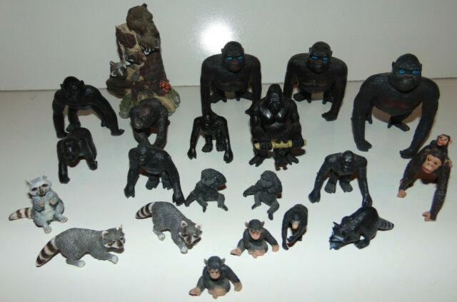 BLACKSMITH by Schleich// toy horse accessories// 13446// RETIRED