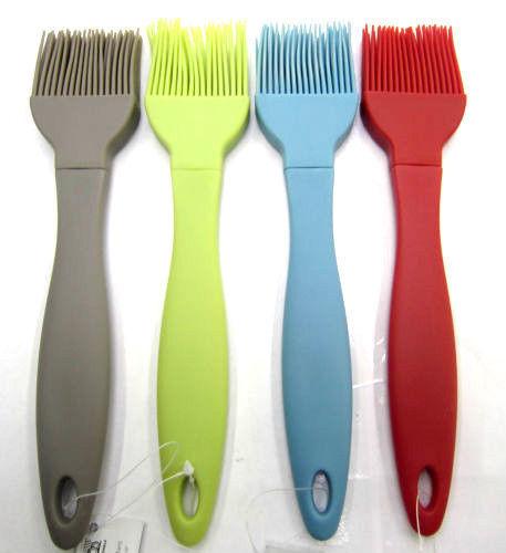 216007 silicone bâti brosse 4 couleurs disponibles par Ethos £ 1,99