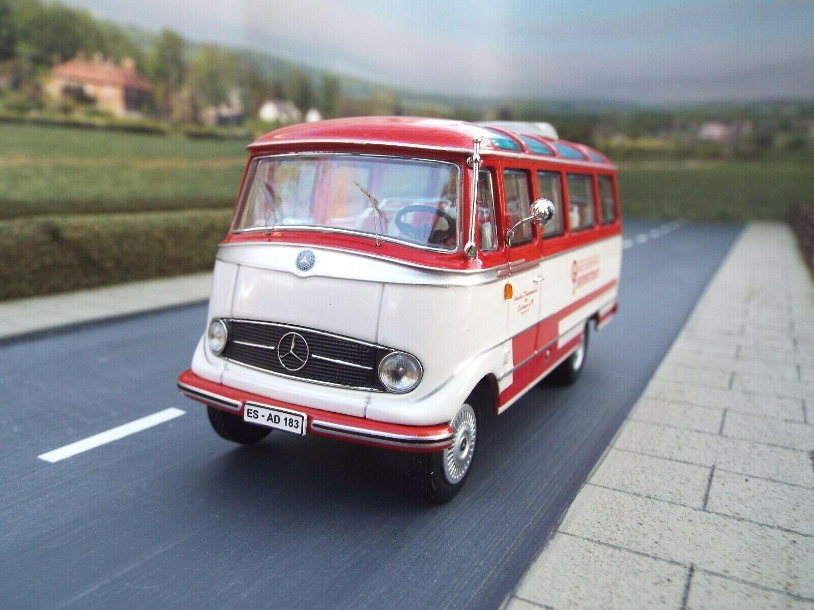 1 43 Scale Mercedes Benz 0319 Bus (red   white) by Schuco Art.no 450281900