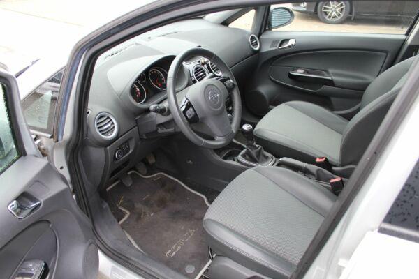 Opel Corsa 1,4 16V Cosmo - billede 4