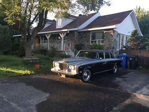 Rolls Royce Silver Shadow LWB Sallon