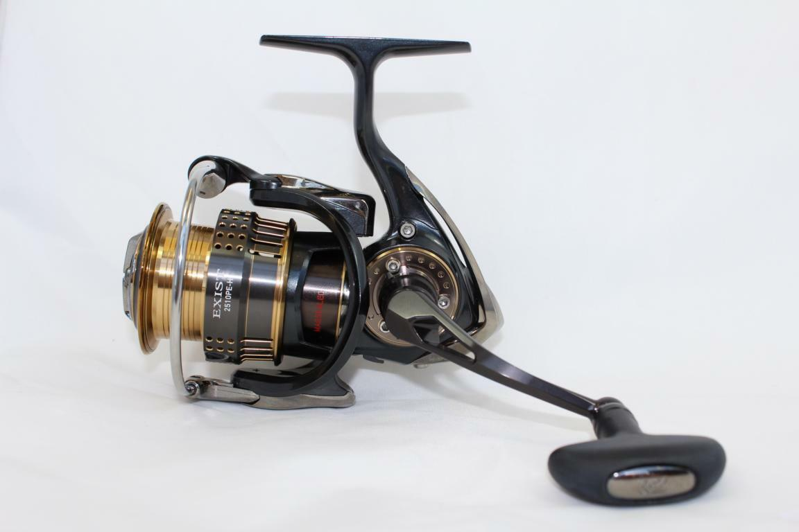 Daiwa 15 Exist 2510PE-H Spinnrolle High End Made in Japan Rolle Spin Rolle
