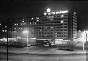 AK, Rostock, Interhotel Warnow, Nachtansicht, 1975