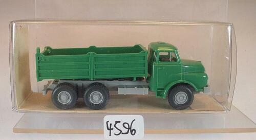Wiking 1//87 nº 16 673 Man pritschenkipper 3-achsig verde//gris claro OVP #4596