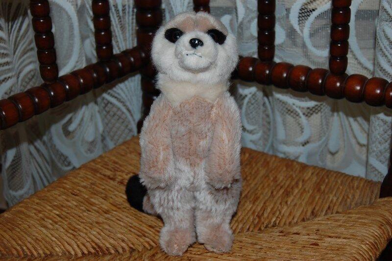 Leosco Uni-Toys Germany Beige grau Meerkat 9.5 inch Plush