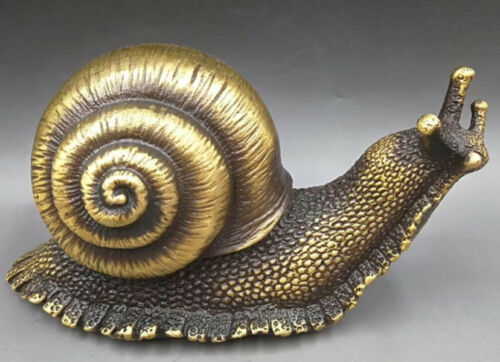 CHINESE BRASS HAND-CARVED snail statues