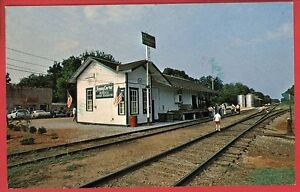 PLAINS-GA-OLD-RAILROAD-DEPOT-RR-CARTER-HEADQUARTERS-1977-POSTCARD