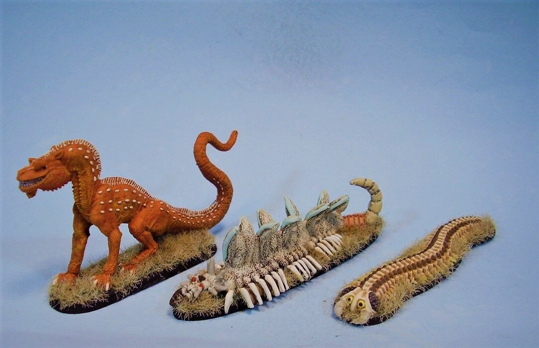 Clearance painted miniature Dragon giant Centipedes