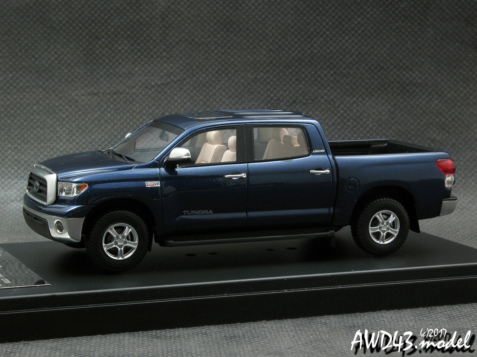 Toyota Tundra Crewmax 2008 (blå eller svkonst) 4x4 4WD 1-43 Hi-Story