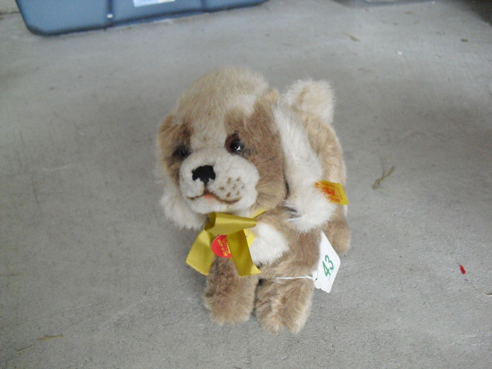 Cool Larger Steiff Drolly the Dog Stuffed Animal with Ear Tag 8  Tall LOOK