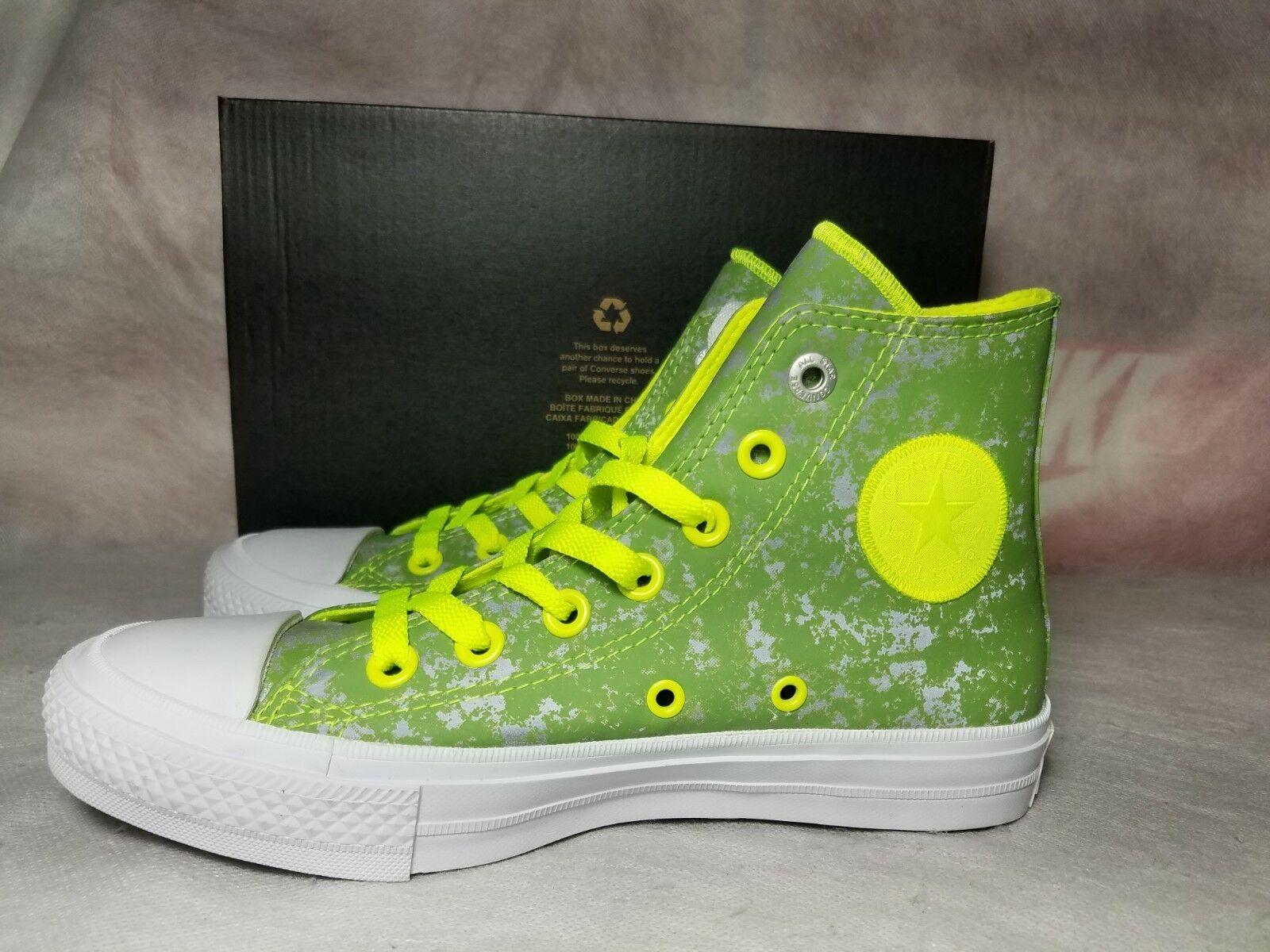 dc8d3826f3504f Converse Chuck Taylor All Star II 2 Women Size 6 Reflective Green ...