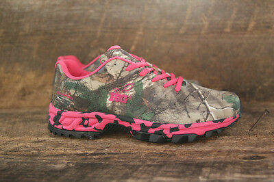Realtree Girl Women's Mamba Tennis Shoes Sneakers in AP Green Camo with Hot Pink